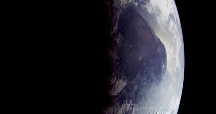la terre entière vue de l'espace